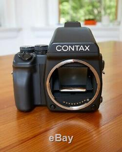 Contax 645 Medium Format Camera Body with Prism Finder and Film Back Exc++