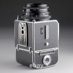 HASSELBLAD 500 C/M 80mm f2.8 BLACK PLANAR C T A12 FILM BACK