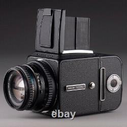 HASSELBLAD 500 C/M 80mm f2.8 T PLANAR C A12 FILM BACK