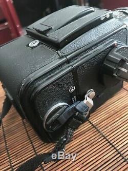 Hasselblad 500 CM + Planar CF 80mm f2.8 + Strap + Extra Back