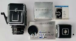 Hasselblad 500 CM Zeiss 80 f2.8 T (+ 2x) A12 backs Near mint condition kit