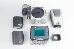 Hasselblad H3D-39 Medium Format Digital Camera Set with 39MP Digital Back, Finder