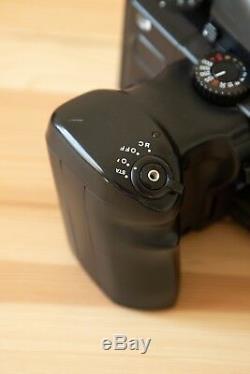 Mamiya 645 Pro TL + 80mm 2.8, AE Prism Finder + Motor Drive + extra film back