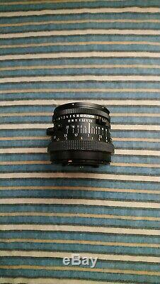 Vintage Hasselblad 500C/M + 80mm 2.8 Planar + A12 Film Back